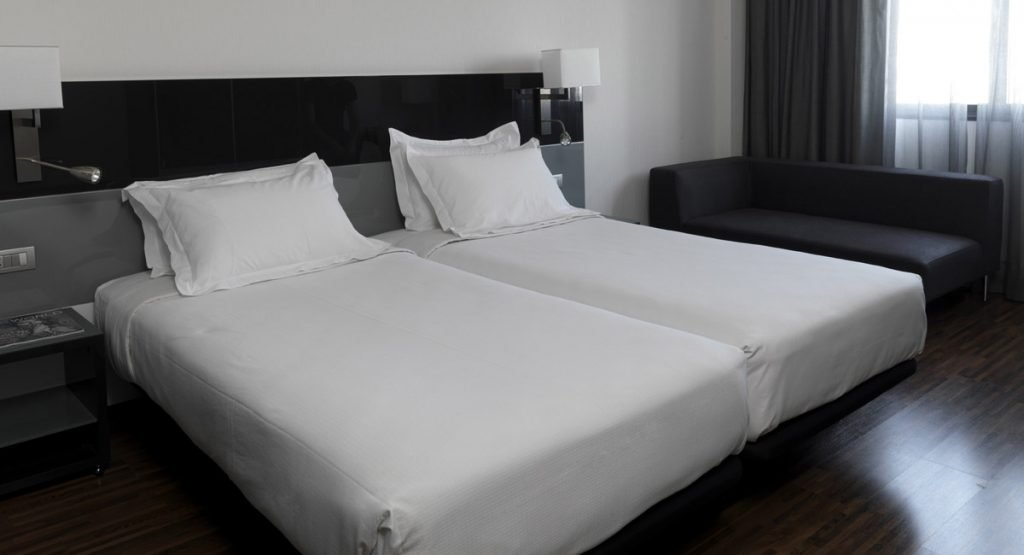 CONTRACT - Hotel AC Mostoles