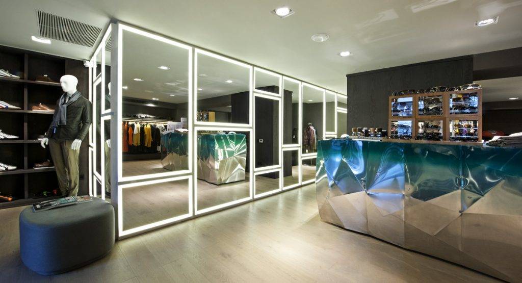 CONTRACT - Tienda Idrisi by Lagranja design